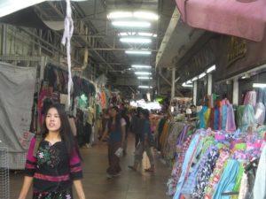チェンマイ-ワロロット-市場